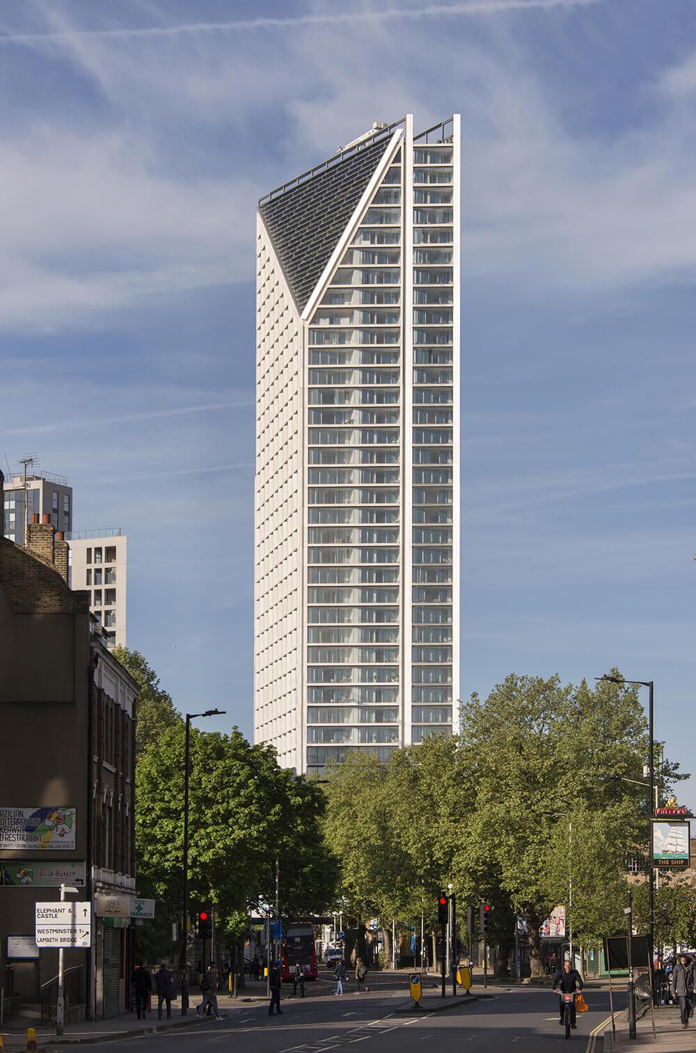 Proyecto Southwark Bridge Road 251, London, puerta de entrada