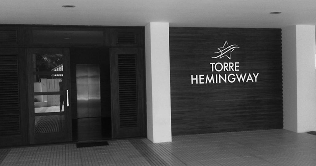 Torre Hemingway Apartments